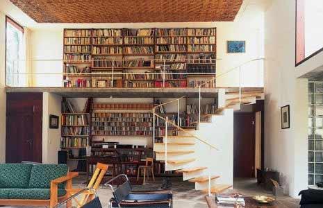 反重力楼梯