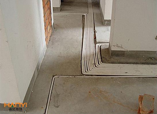 水电路的走向要合理,安全,实用。电线穿在pvc管里,不宜过