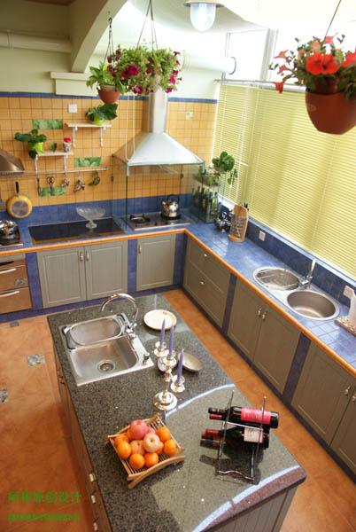 厨房岛台视觉图-乡村田园风格厨房设计作品实景照片