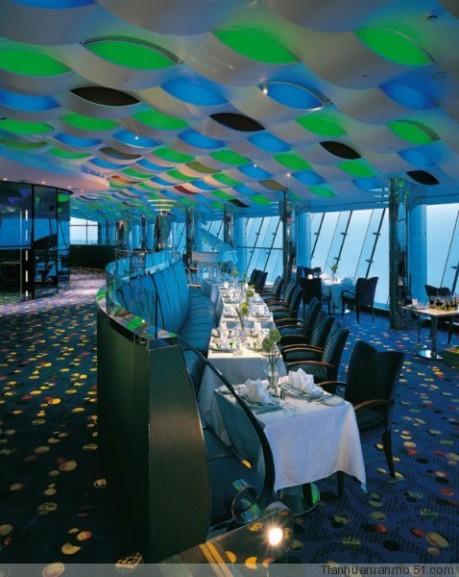 壁纸 海底 海底世界 海洋馆 水族馆 桌面 459_577 竖版 竖屏 手机