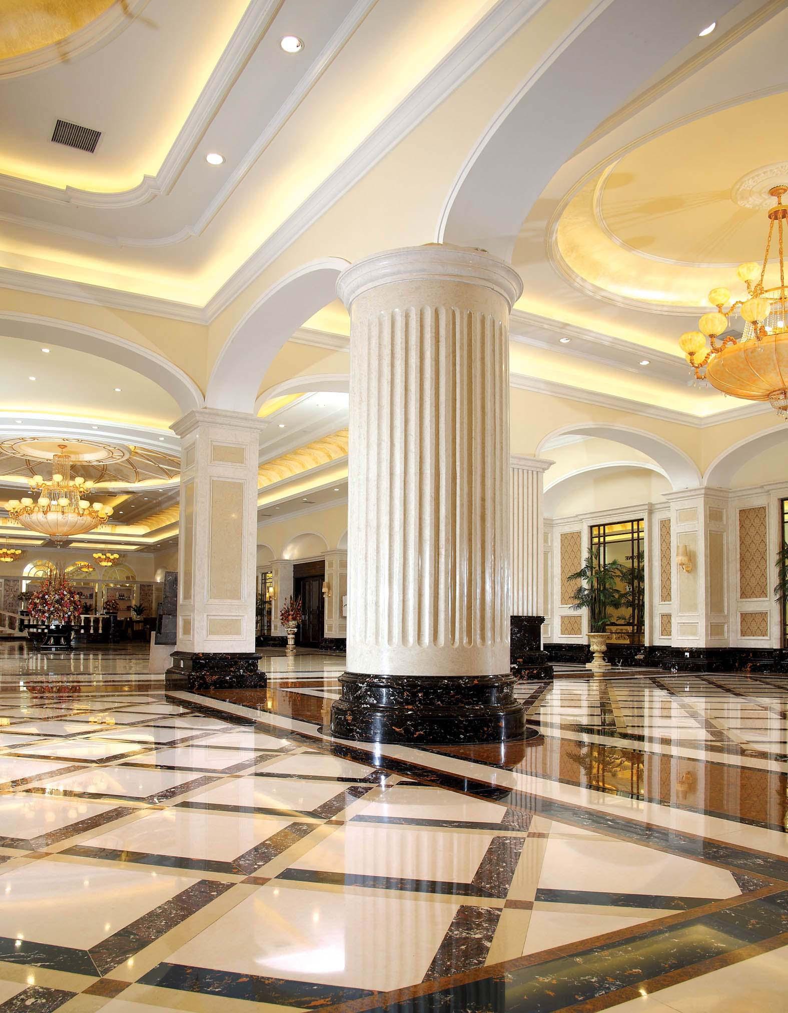 案例说明: 顺德总部展厅斥资2000多万元,模拟五星级酒店的装饰效果,聘请知名广东集美组高级设计师设计,享誉全国建筑界和装界的一件大事,赢得全国的同行们一片赞美声。各地建材商不断考察并签定合作协议,抢断这个前景无量的潜在市场。
