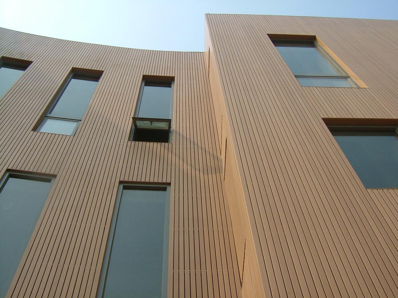 省广州市南沙区浮石印艺术园工程装饰木条用于外墙 案例评论高清图片